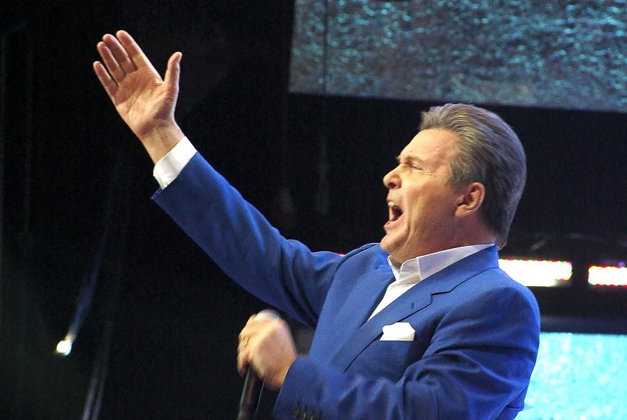 Лев Лещенко – На Трибунах Становится Тише (2008)