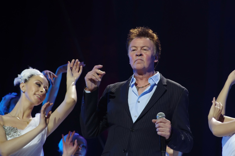 Paul Young – Every Time You Go Away (2011)